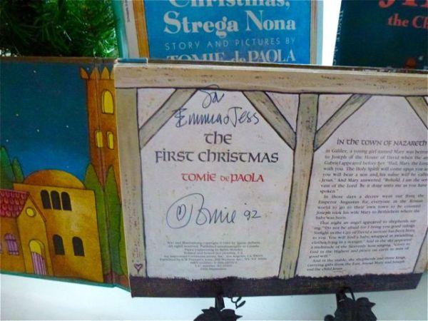 Tomie Christmas Books