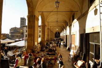 We'll enjoy a rare opportunity to browse the Arezzo antiques fair.